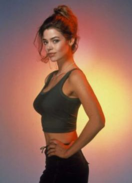 Denise Richards sun