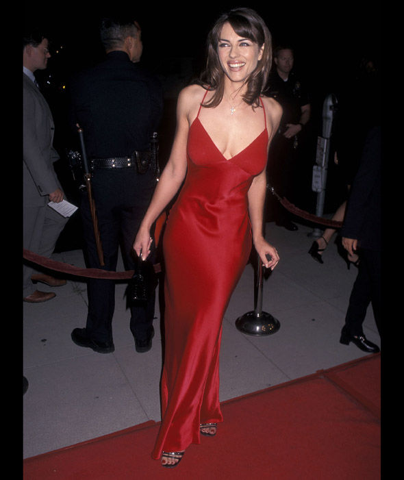 elizabeth hurley red dress