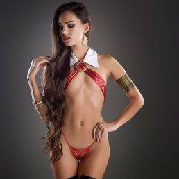 Joanie Brosas Vampira sensual cosplay