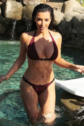 Kim Kardashian Maroon bikini