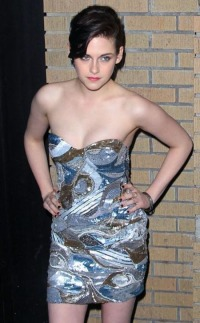 Kristen Stewart strapless low dress