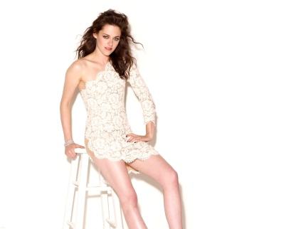 Kristen Stewart white magic