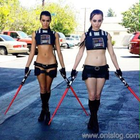 Joanie Brosas and friend star wars cosplay