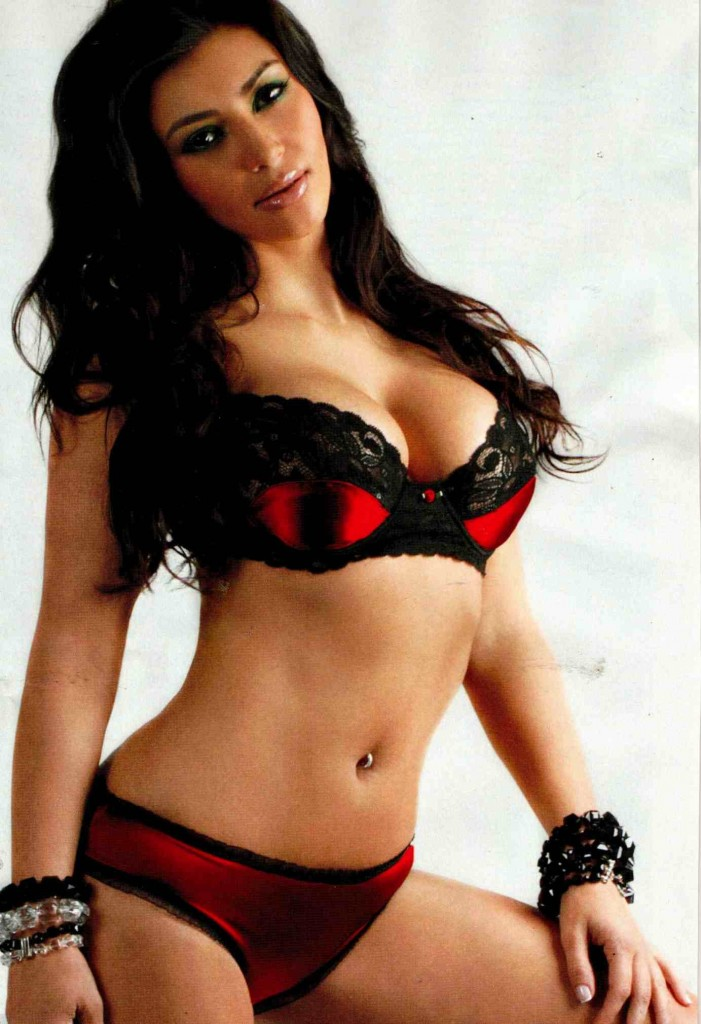 Kim-Kardashian-Hot-4