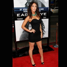 megan fox black dress eagle eye premiere