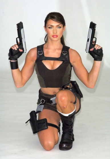 Megan Fox Tomb Raider cosplay