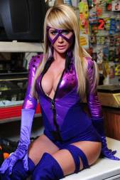 Sara Jean Underwood cosplay purple