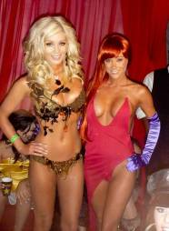 sara-jean-underwood-hot-halloween-9-570