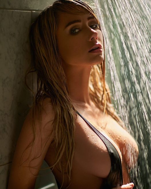 sara jean underwood shower