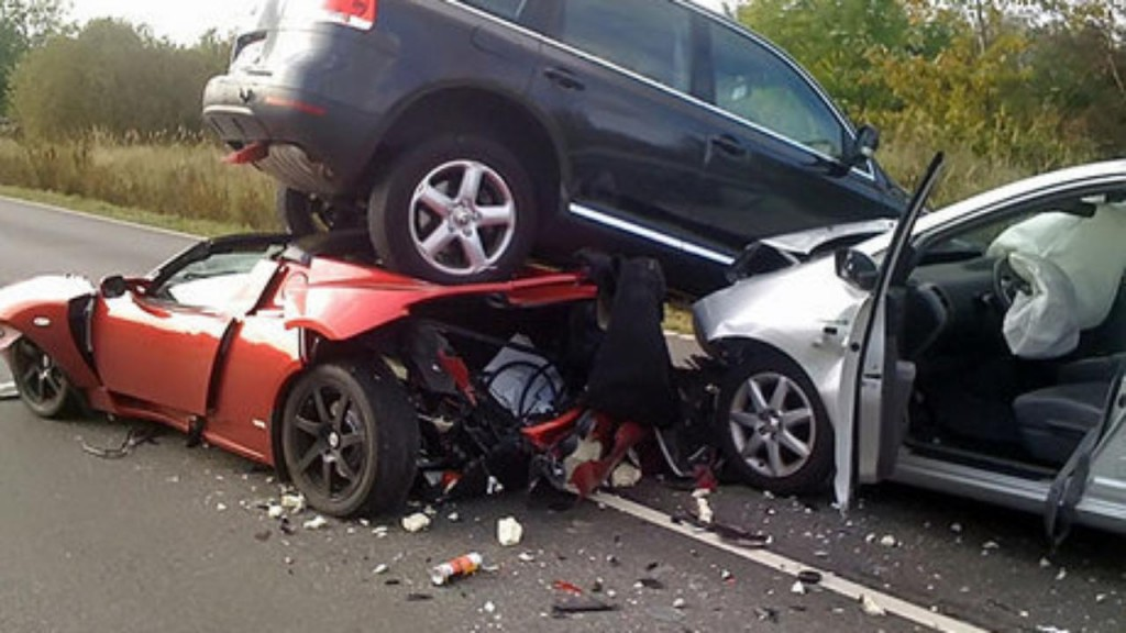 car-crash-accident-1024x576