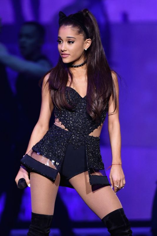 ariana grande black cat