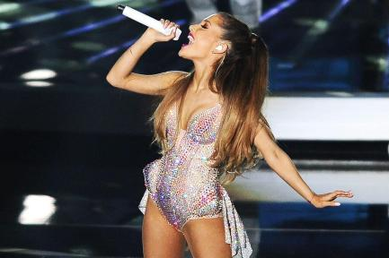 ariana-grande-perfome-mtv-video-music-aw-635818446959057515-17846