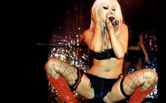 Christina Aguilera live