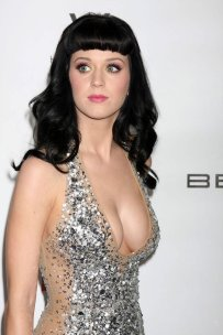 katy perry sparkle cleavage