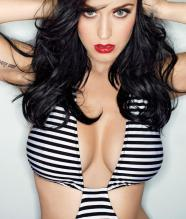 katy-perry-hot-pose-635793351447368763-17045