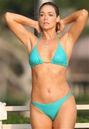 denise richards shower
