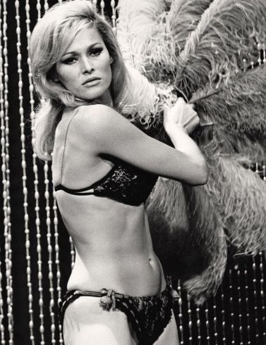 ursula andress 6