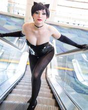 jennifer van damsel catwoman escalator