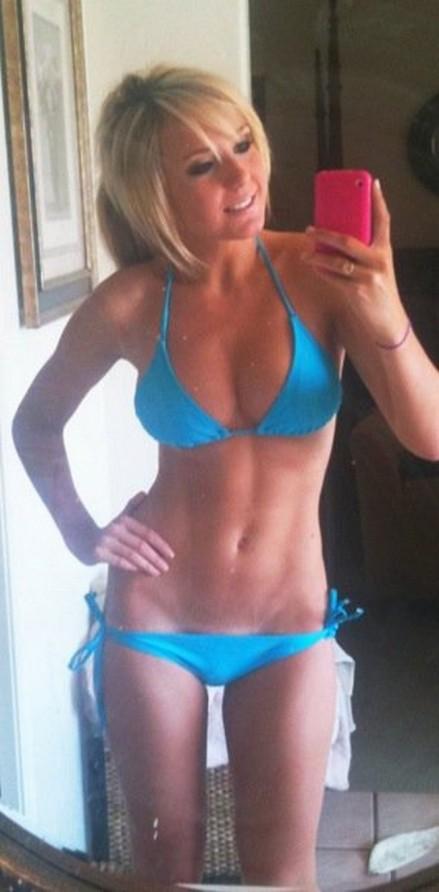 jessica nigri blue bikini selfie