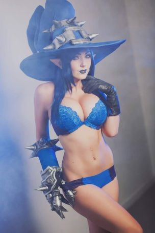 jessica nigri blue witch