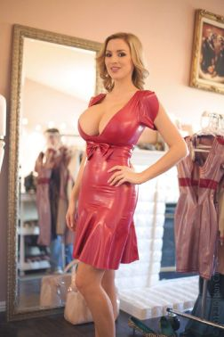 jordan carver latex red