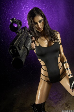 leanna vamp black gun