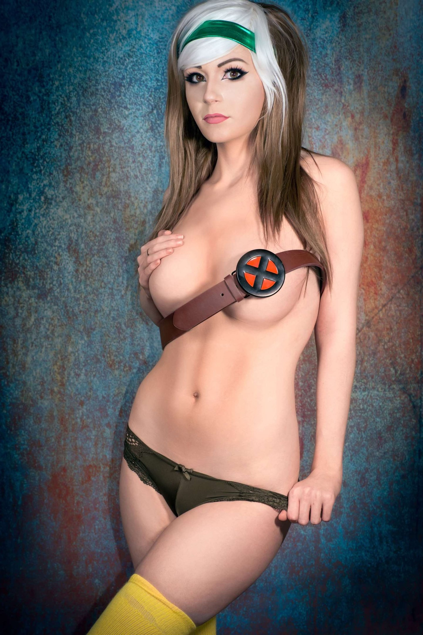 danielle-beaulieu_rogue_marvel_topless_cosplay_comics_x-men_attributes_boobs_nsfw_7666_0_5a91f2edf18cb