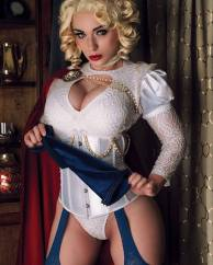 Jennifer Van-Damsel-as-Victorian-Power-Girl.-2