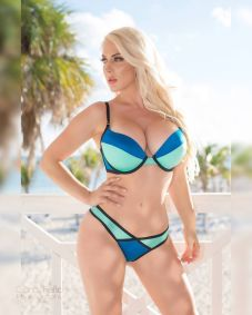 kristen hughey blues bikini