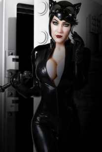 kristen hughey catwoman 2