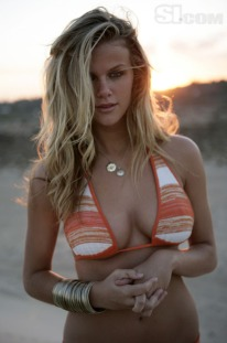brooklyn_decker_hot_and_busty_by_gst_14-d38thae