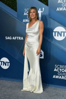 jennifer aniston-attends-the-26th-annual-screen-actors-guild-awards-at-the-shrine-auditorium-in-los-angeles-190120_1