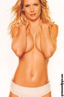 kristy swanson topless