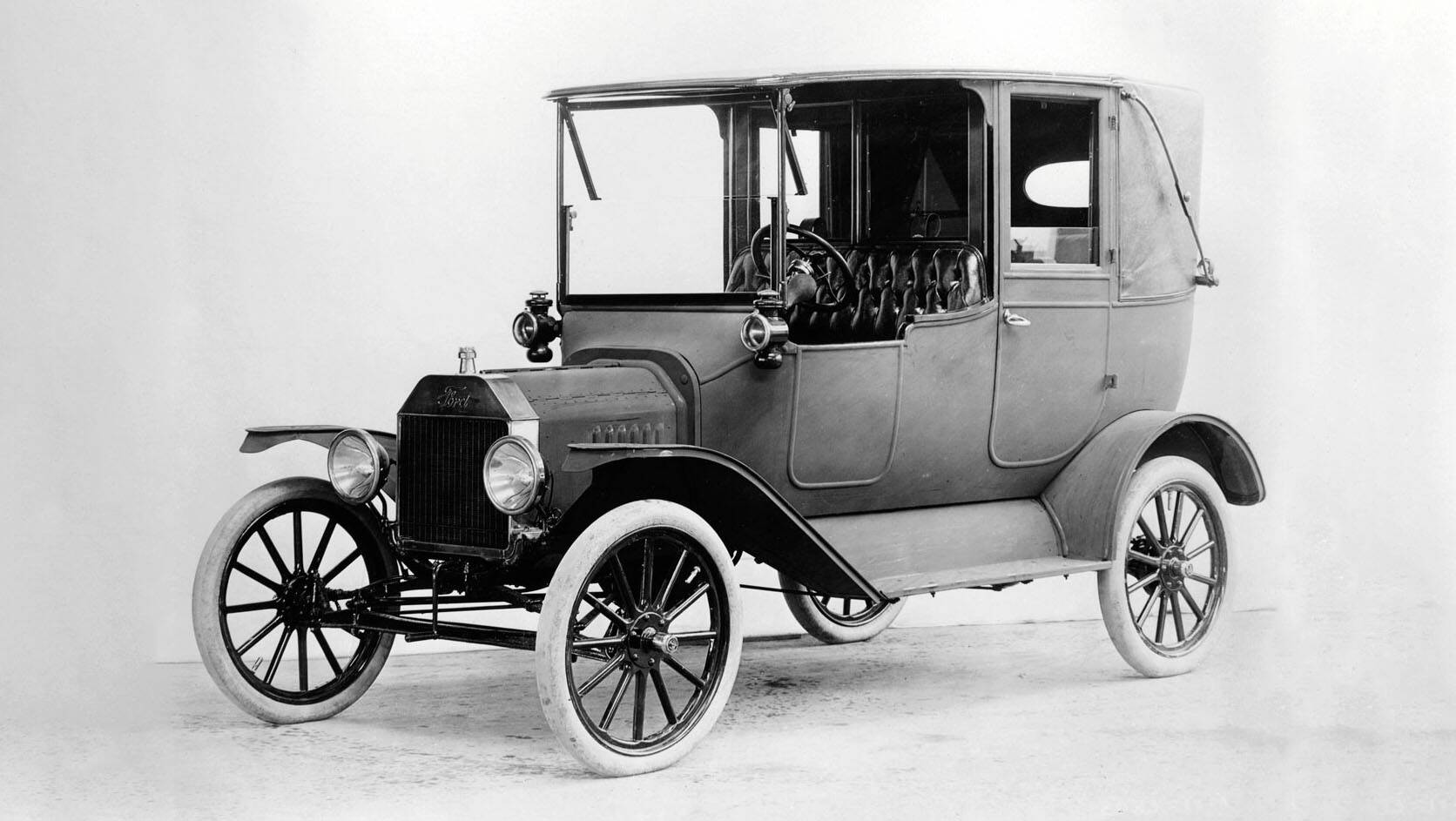 1908-Ford-Model-T_0