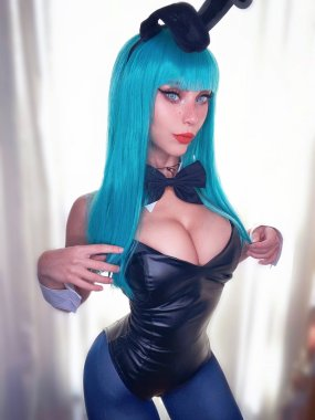 dragon ball bulma cosplay big boobs and thin