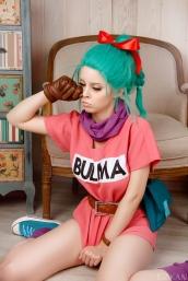 dragon ball bulma cosplay cry